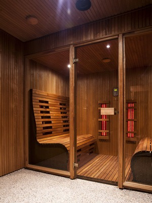 w rmekabine oder sauna. Black Bedroom Furniture Sets. Home Design Ideas